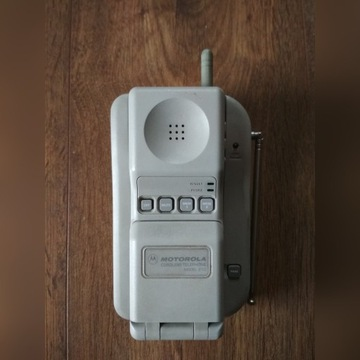 Stary telefon Motorola model 210