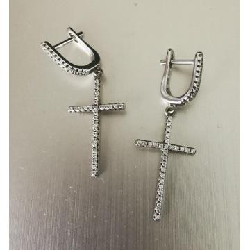 Kolczyki srebrne krzyże krzyżyki