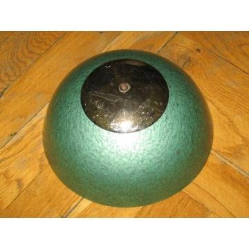 Zielony klosz metalowy