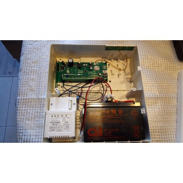 CSB GP1272 F2 12V 28W akumulator żelowy wymienny