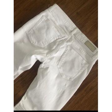 Białe spodnie LTB rozmiar 27 przetarcia