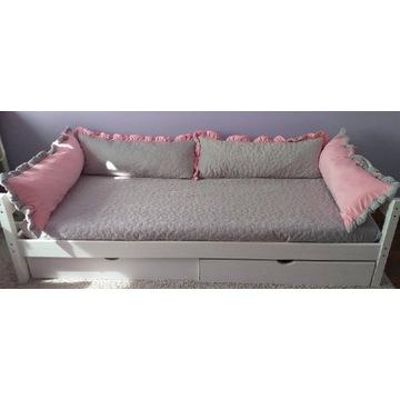 Obicie pokrowiec  na łóżko dziecięce