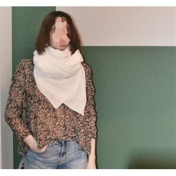 Chusta 303 AVENUE, złamana biel, bawełna, duża
