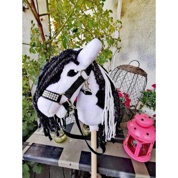 Koń Hobby Horse na kijku + zestaw - Delicato