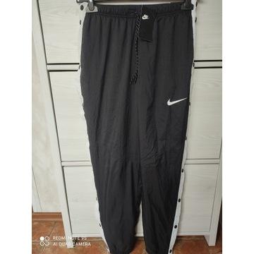 Dresy Nike