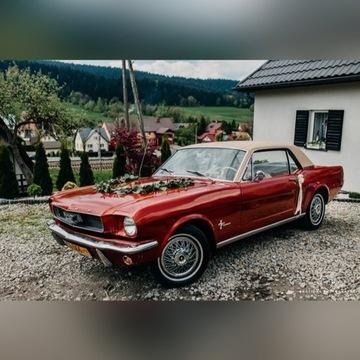 Zabytkowy Ford Mustang na ślub, model z 1966 roku