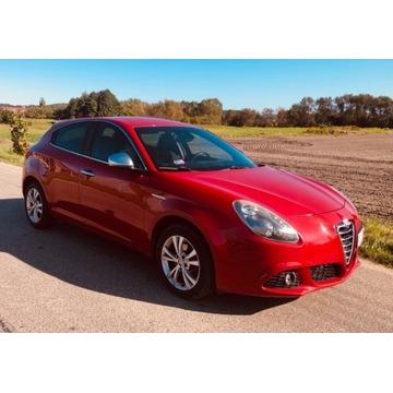 samochód osobowy Alfa Romeo Giulietta