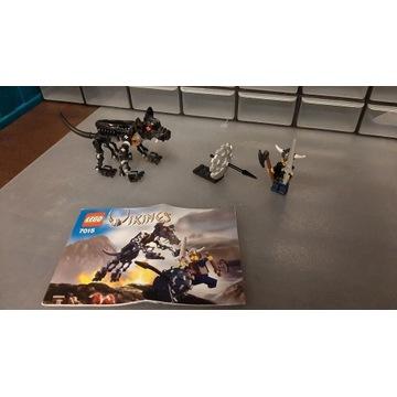 LEGO 7015 Viking Warrior Challenges the Fenris