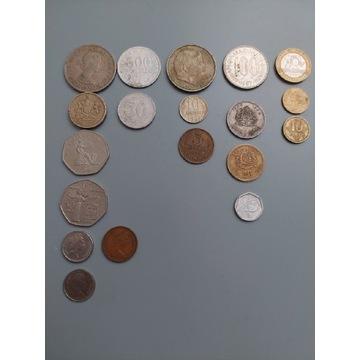 Monet różne minionej epoki