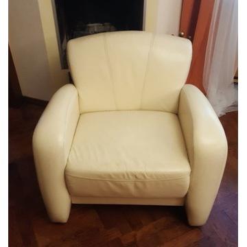Piękny unikalny Fotel z białej skóry