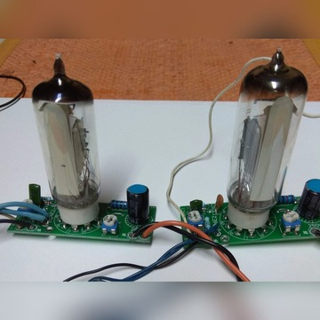 wskażniki fluorescencyjne IE -2-EM 84