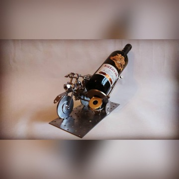 Stojak na wino (butelkę)