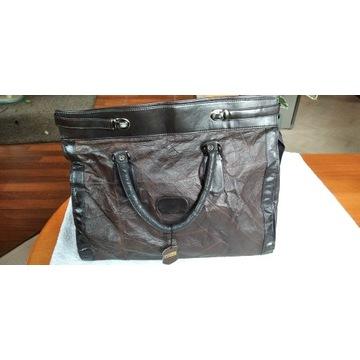 Sprzedam skórzaną ,brązową torbę podróżną
