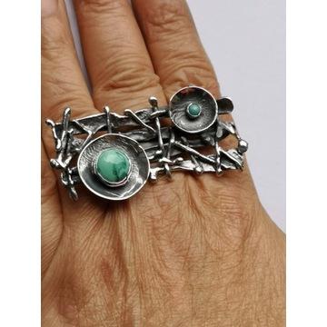 unikatowy srebrny pierścionek z turkusem