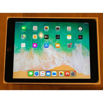 iPad Air II, 64 GB idealny