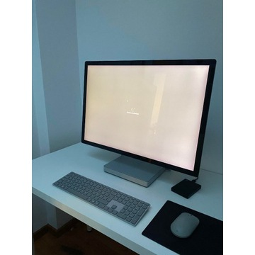 Microsoft Surface Studio 2 28' UHD I7 32GB SSD