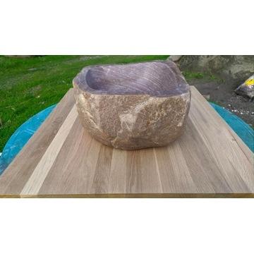 Umywalka nablatowa z kamienia polnego