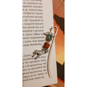 Zakładki do książek metalowe z żyrafą