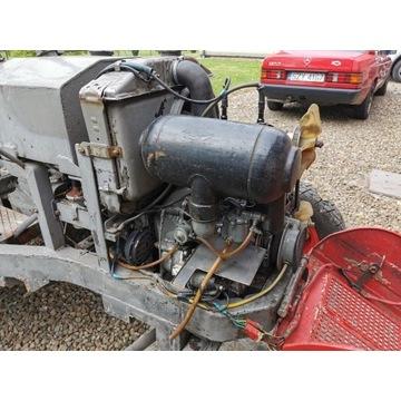 Silnik spalinowy dwusuwowy