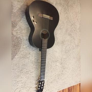 Gitara Yamaha c40 z akcesoriami