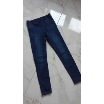 Wyprzedaż domowa!! Tregginsy jeans nowe r.152