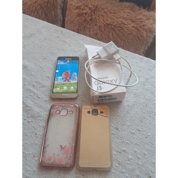 Samsung Galaxy j 3  6
