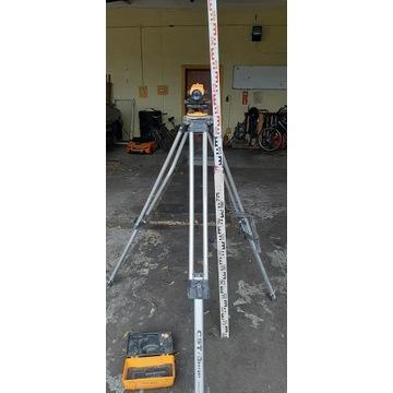 Niwelator optyczny Niwelator terenu Berger CST