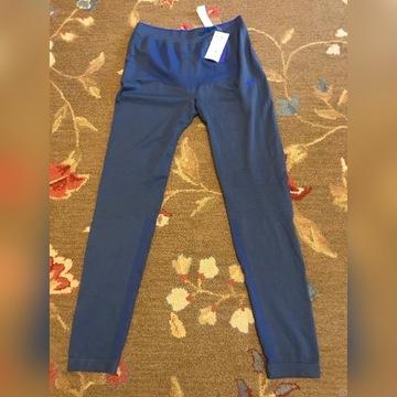 spodnie bezszwowe termoaktywne marki 4f