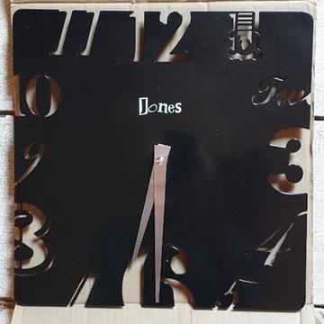 Zegar czarny marki Jones