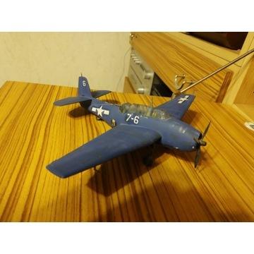 Sklejony model samolotu wojskowego Grumman Avenger