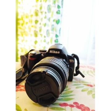Aparat fotograficzny lustrzanka cyfrowa Nikon D40