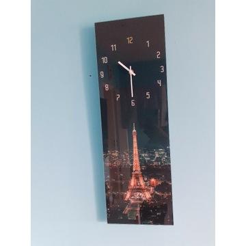 Zegar z motywem Paryża