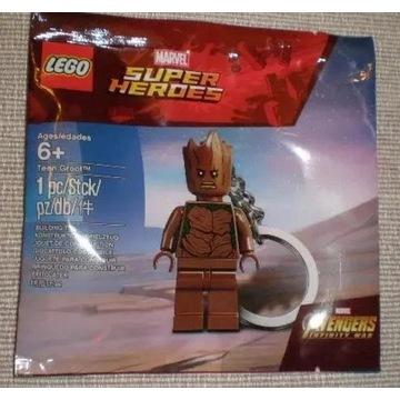 Lego  Super Heroes  breloczek Teen Groot 5005244