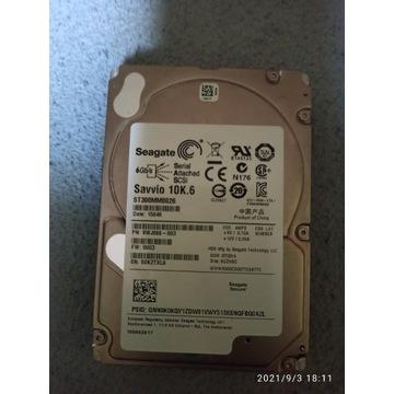 2x  SEAGATE  SAS 300GB 10k rpm