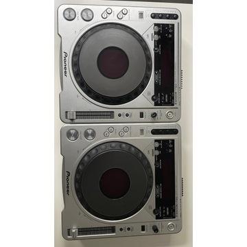 Konsoleta DJ Pioneer CDJ800MK2 + Behringer DXJ900