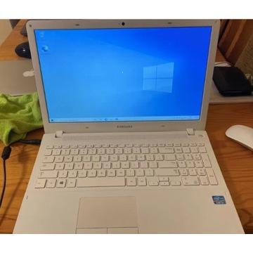 Notebook Samsung 370R i3/4GB/120SSD/Rad8x/W8/10H