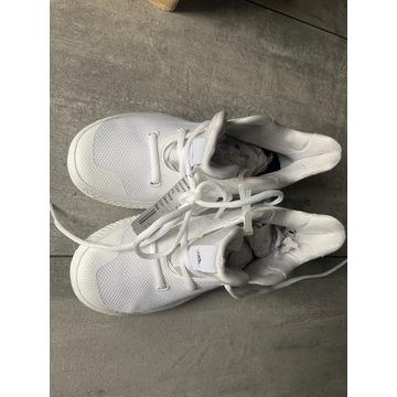 Buty adidas DB 1671  rozmiar 35 1/2