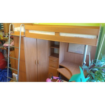 Łóżko na antresoli z biurkiem, garderobą + materac