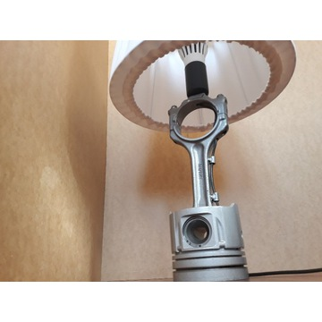 Lampka stolikowa