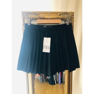 Spódnicospodnie Zara z zakładkami czarne obecna ko