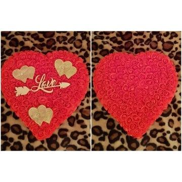 Serce z róż piankowych 35 cm