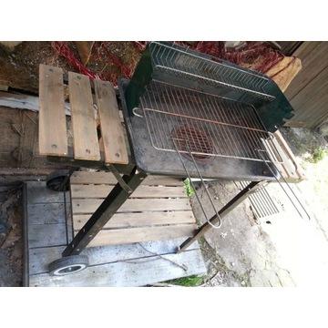 grill na kółkach