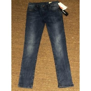 Nowe, piękne jeansy Diesel, 128 cm