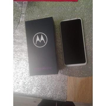 Telefon Motorola one fushion+ nowa, polecam!