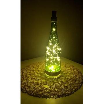 Ozdobna butelka z lampkami LED