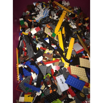 8 kg mix LEGO Batman / Ninjago itp