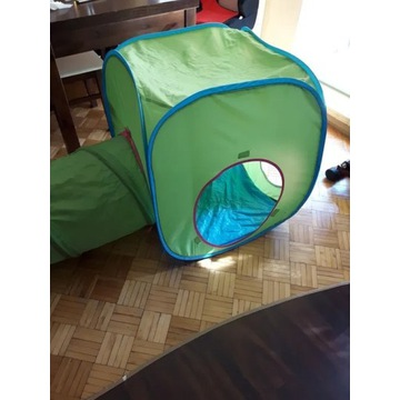 Namiot z tunelem