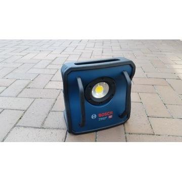 Lampa reflektor bosch GLI 18V-4000 C