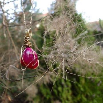 Wisiorek z rozowego kwarcu miedziany drut handmade