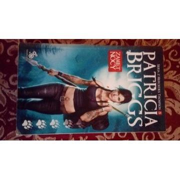 "książka "" Zamęt nocy"" autora Patricia Briggs"